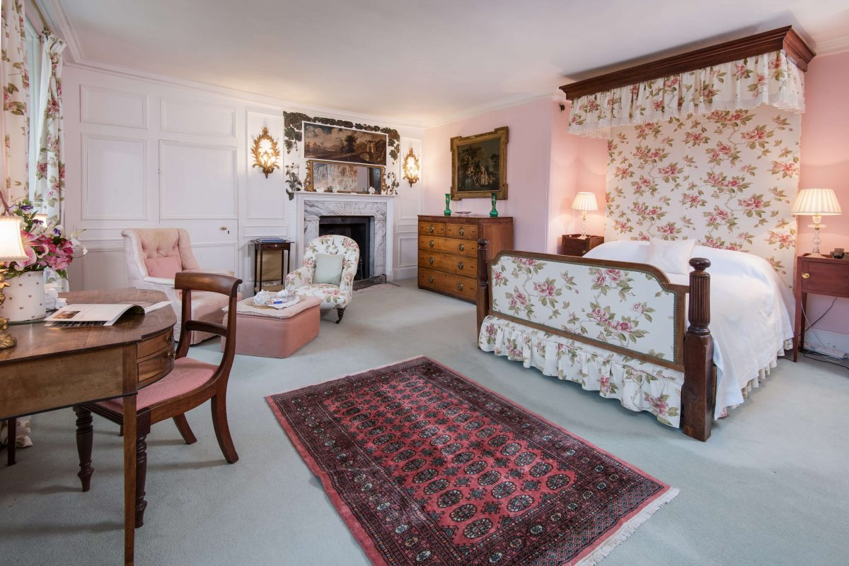 Bed and breakfast accommodation at Traquair - Traquair House